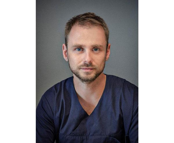Witamy kolejnego eksperta w Dermamed! Do naszego zespołu przyłączył dr n. med. Michał Rutkowski